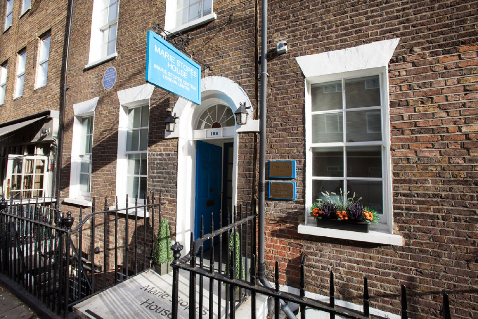 Medical abortion | Marie Stopes UK